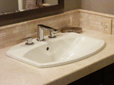 Self Bathtroom Sink