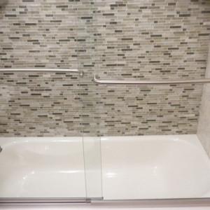 Glass Tile Tub Wall
