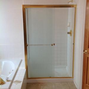 Old Ugly Bathroom Needs Updating