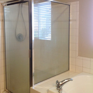 Ugly Shower & Bathtub